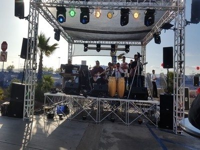Rios Ent. Takes the stage at Tilted Kilt for Cino De Mayo